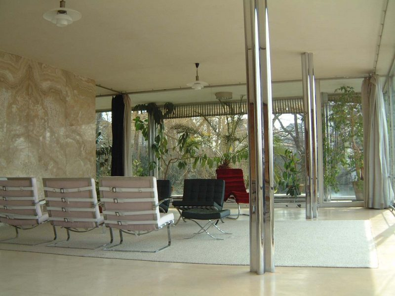 Tugendhat_living_room