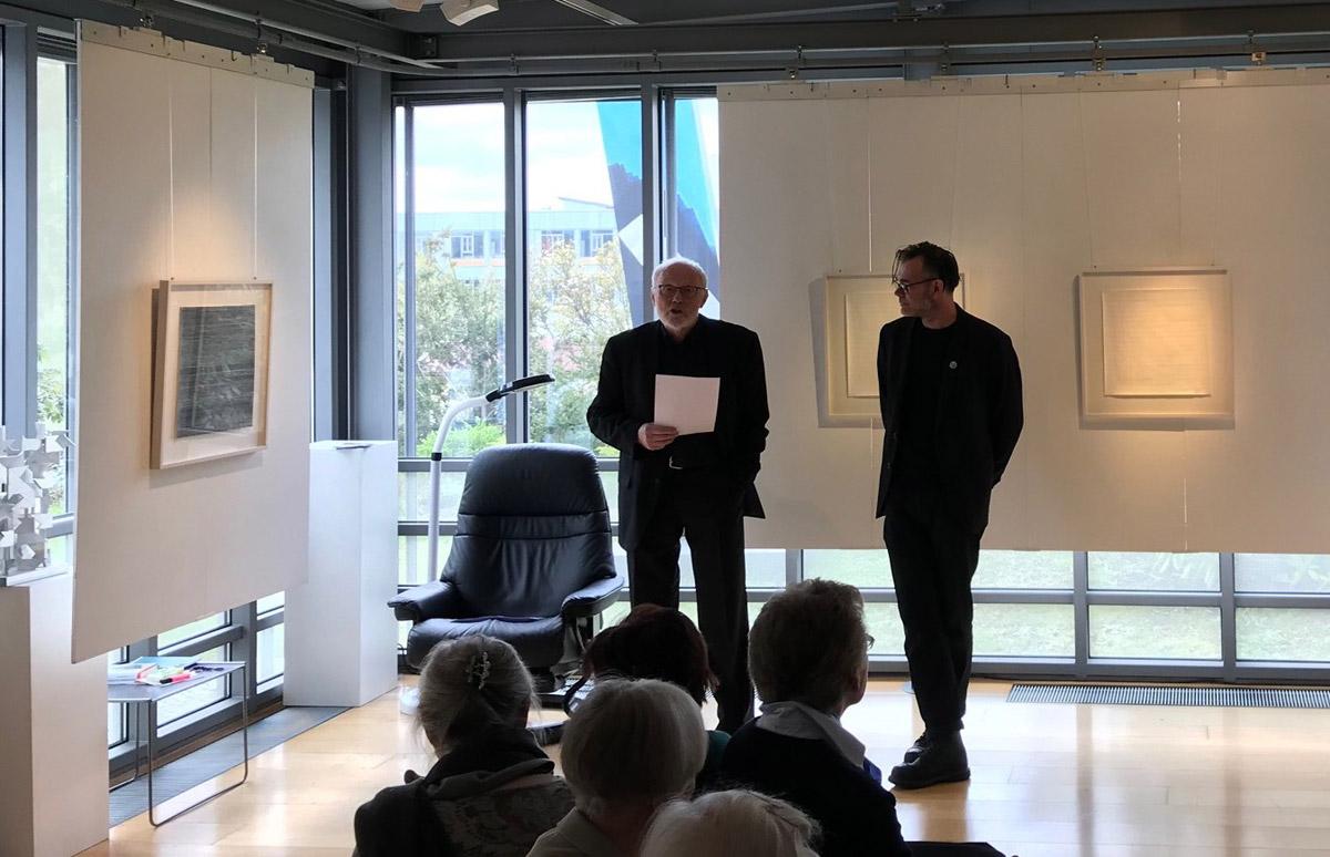 Jochen Goller und John Schmitz bei der Vernissage am 05.05.19 in der Galerie Goller, Selb